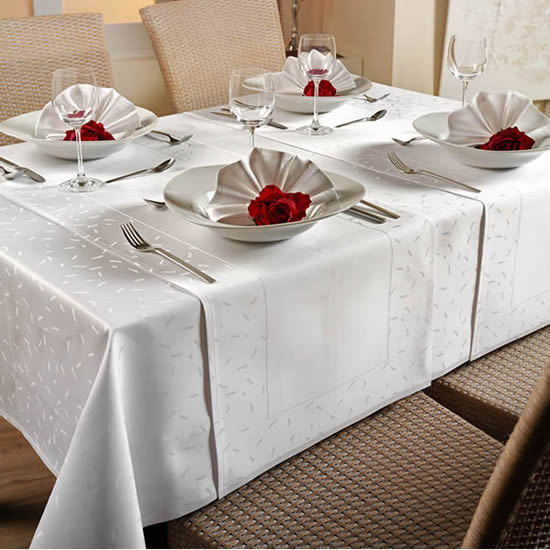 30 Tischdecken Vollzwirn Damast 130x130 cm weiß Gastro Hotel Bar Bistro Hochzeit